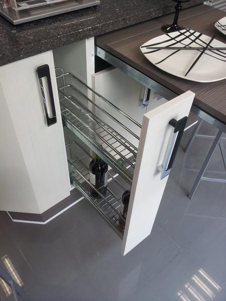 Cocinas virtu accesorios para muebles de cocina for Herrajes y accesorios para muebles